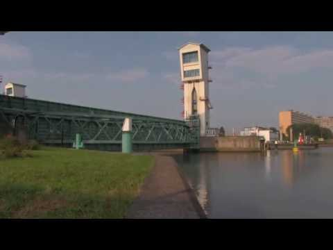 Timelapse testsluiting Hollandse IJsselkering tussen #Capelle en #Krimpen
