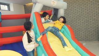 집에 거대 미끄럼틀 놀이터를 만들었어요! jj튜브 집은 키즈카페 놀이터 indoor playground fun for kids | LimeTube