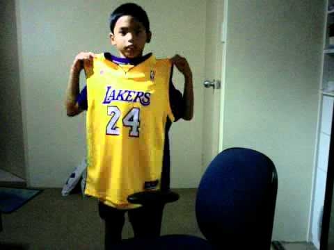 NBA Kobe Bryant Jersey Number 24 Kids Size Authentic Lakers - YouTube fa40c324d
