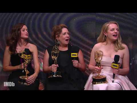 Elisabeth Moss, Ann Dowd and Alexis Bledel Celebrate Multiple Wins  EMMYS 2017