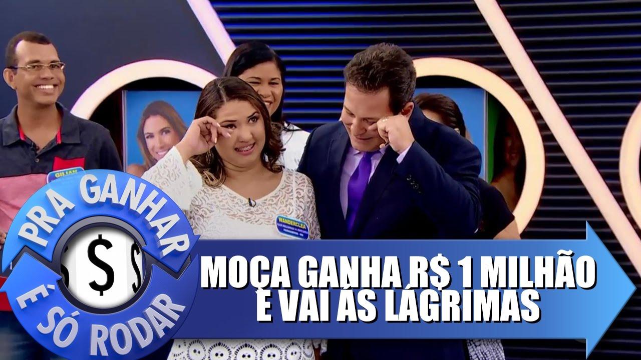 Resultado de imagem para Mpça ganha 1 MILHÃO DE REAIS e vai às lágrimas no programa Para Rodar É Só Ganhar, do SBT