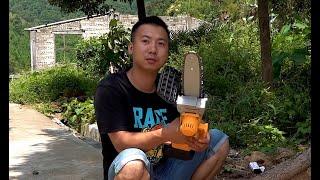 华农兄弟:买了一把小电锯,帮摄影小哥摘板栗,也就搞了一小车
