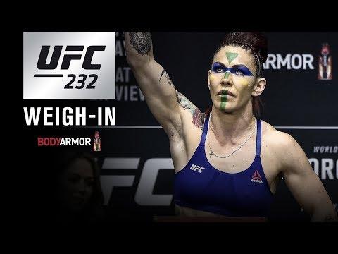 UFC 232: Weigh-in