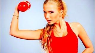 Лучшие упражнения с гантелями для женщин и девушек