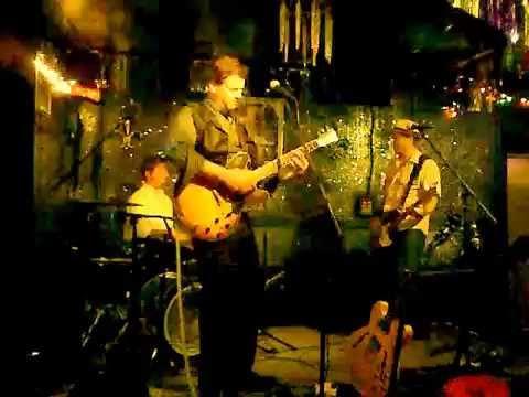 Davis Coen - Change In The Weather (Live)