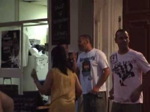 Karaoke in Marseille, 2007.wmv