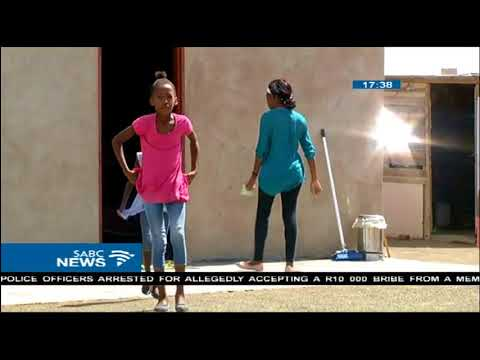 A Matric learner in the Kalahari uncertain about her future
