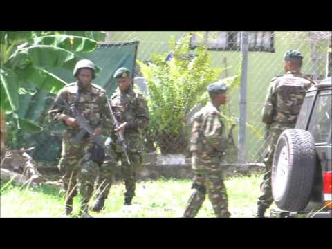 Police Lock-down Lady Hailes Ave. San Fernando - Arrestes ... Venezuelans in the Mix - June 10, 2016