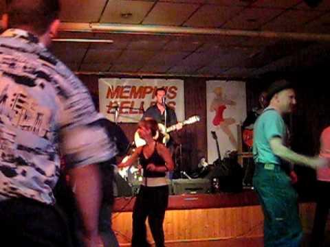 Cradle Of Love - Mike & The Rhythm Stars - Memphis Belle R N R Club 19.09.09