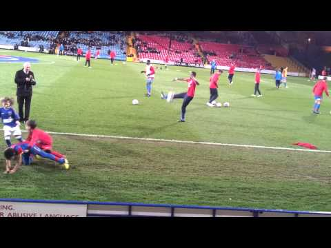 Wilfried  Zaha (Crystal Palace) pre-match warm up