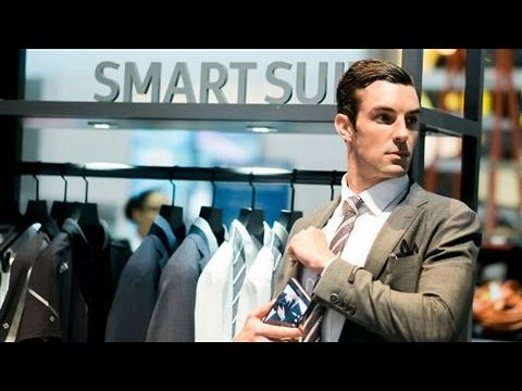 Look Smart: Samsung Has Designs on Fashion