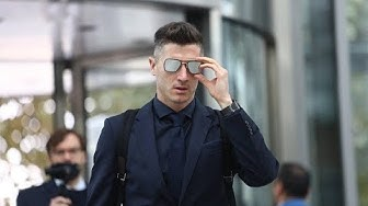 Robert Lewandowski Personal info  Height, Weight, Age, Bio, body, Hair style, Tattoo, Net Worth & Wi