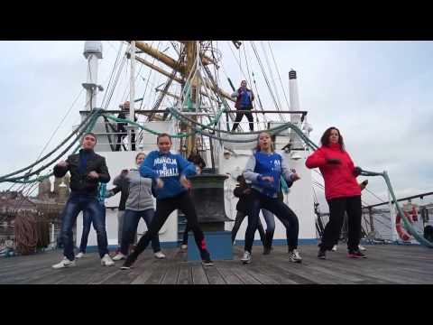 Видео: Makaraflashmob Санкт Петербург - Лучший танцевальный флешмоб ФМ2013