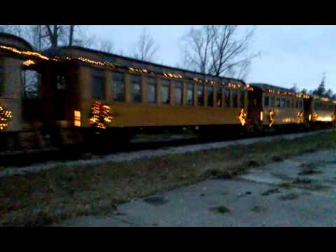 Huckleberry railroad Christmas train 20th 2015 - YouTube