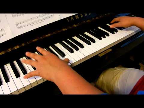 Lady Gaga - The Edge of Glory (piano)