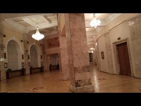 Театр оперы и балета Еревана.