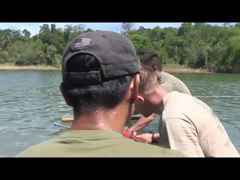 Philippine Soldiers Show U.S. Service Members Water Survival Skills