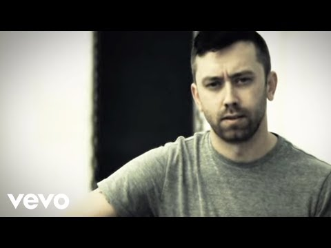 Rise Against - Hero Of War (Official Video)