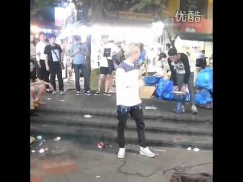 JJCC San Cheong  Singing In The Street 2