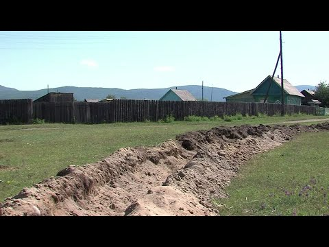 Russia digs trench around Siberian village to enforce COVID quarantine