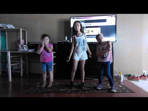 Kids dancing to Becky g singing in the shower
