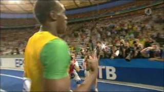 Usain Bolt 19.19 new WORLD RECORD 200M Berlin 2009 [HQ] thumbnail