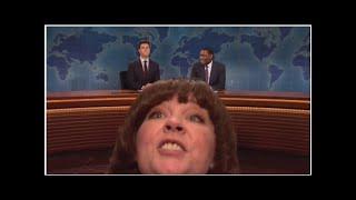 'SNL': Melissa McCarthy Crashes Weekend Update As Michael Che's Stepmom — Watch