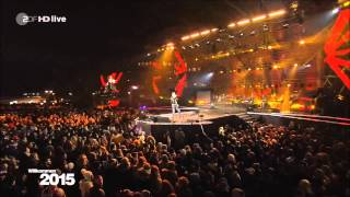 "David Hasselhoff ""Looking for freedom"" Neujahr 2015 live vom Brandenburger Tor in Berlin"