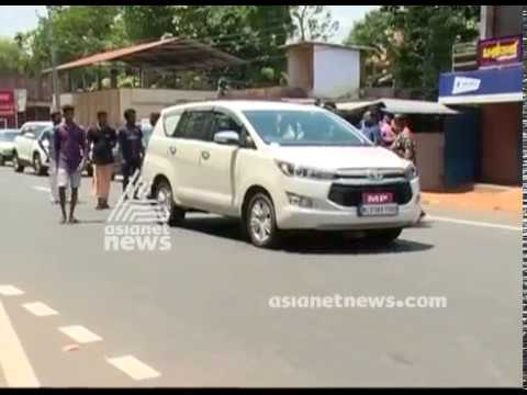 Suresh Gopi MP blockade in Chengannur