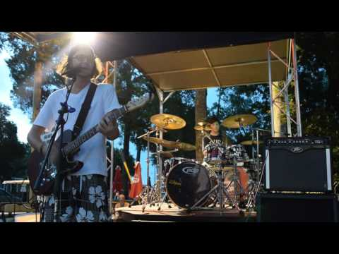 Gum (Moose Blood cover) - BLiSS•H∆V€N™ live at Pirate Land Campground 7/6/2016