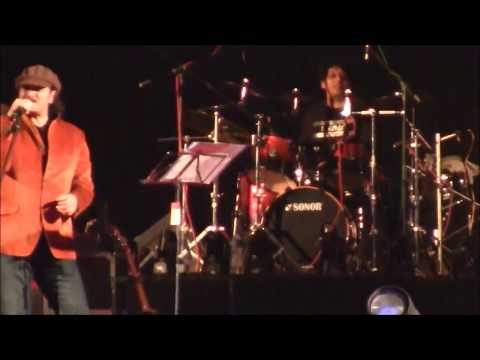 Mohit Chauhan - Nadaan Parindey (LIVE FROM NEPAL)