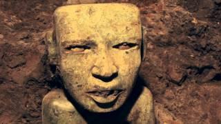 hallazgos en el tnel del templo de la serpiente emplumada