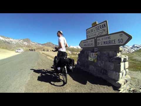 Cycling route des grandes alpes