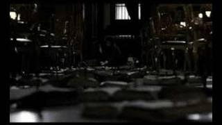 Centochiodi Trailer