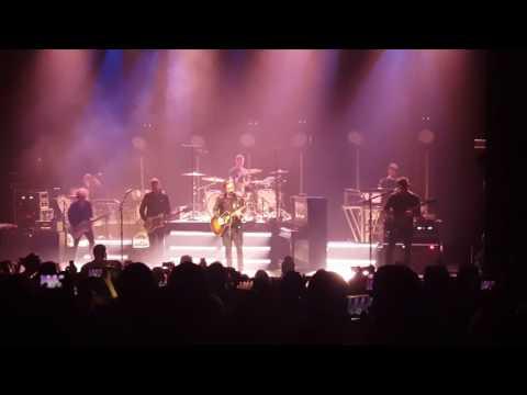 OneRepublic  Stop And Stare, The Vic Theatre, Chicago IL
