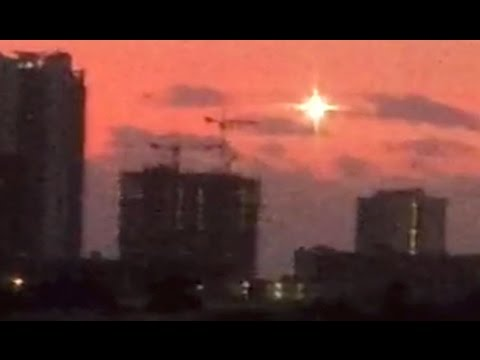 UFO Hovers Over Florida! UFO Video Uncovered From INDIA! NEW UFO Sightings 2016