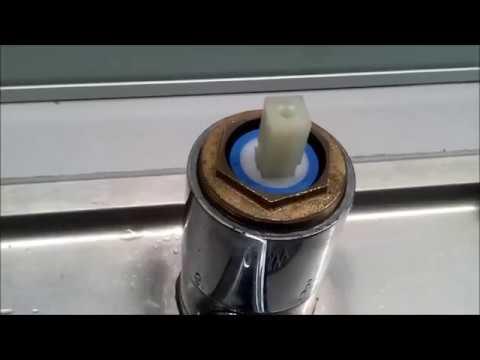 Bateria Kuchenna Naprawa.Jak Naprawic Cieknacy Kran Krok Po Kroku 5 Poradnik Youtube