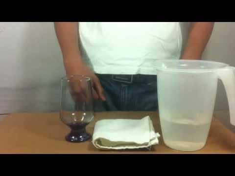 Truco con vaso de agua aprender magia youtube - Vaso con agua ...