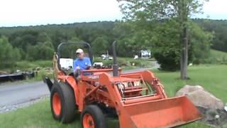Kubota L2550 Tractor Loader Backhoe 72