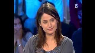 Marie Gillain - On n'est pas couché 15 décembre 2007 #ONPC
