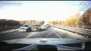 Массовое ДТП с 7 машинами в Туле снял видеорегистратор