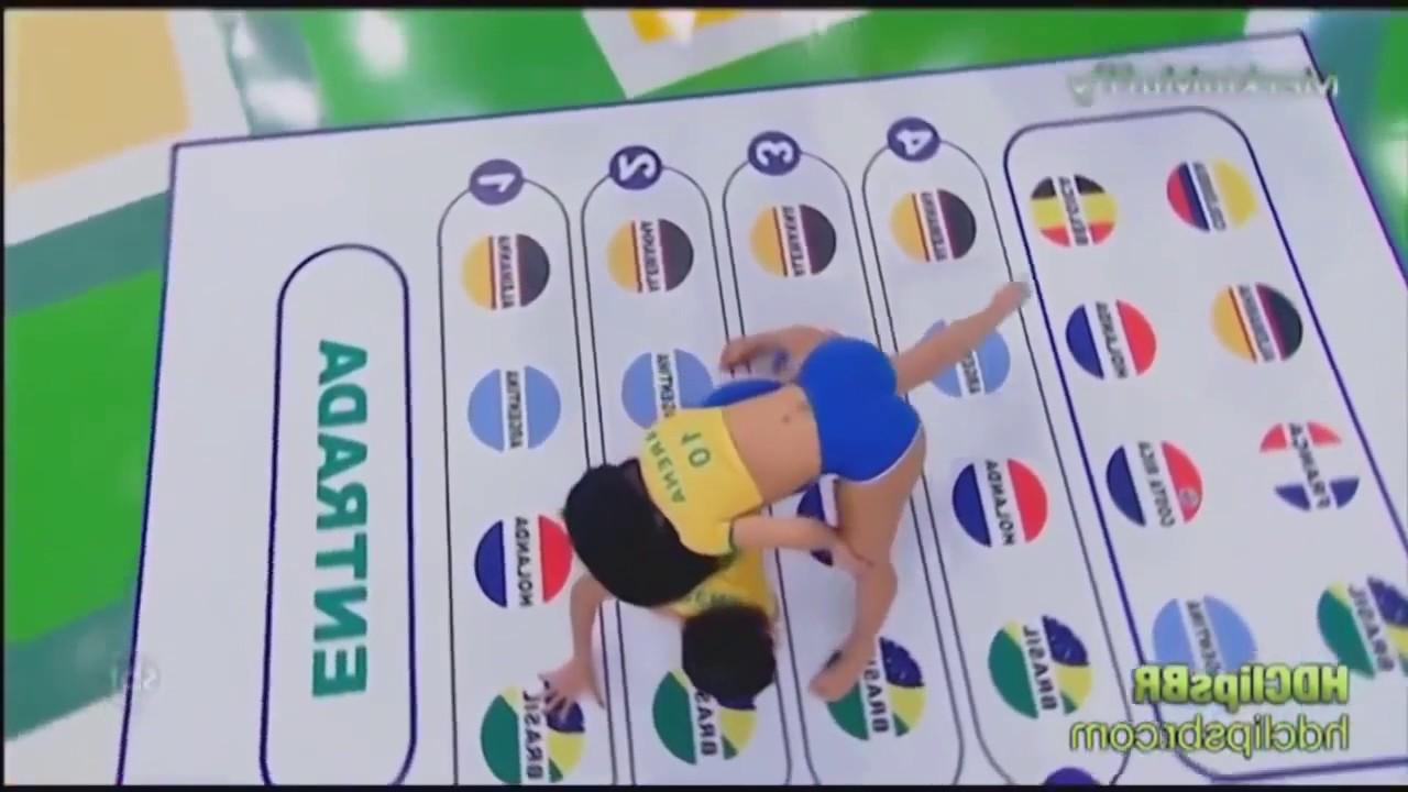 the best Brazilian girls playing Twister on tv