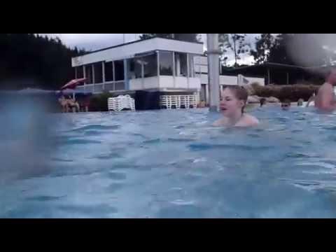 Familienbad Fischen Schwimmen, Outdoor. Hotel Maderhalm. Alpen Bayern Schwaben im Allgäu