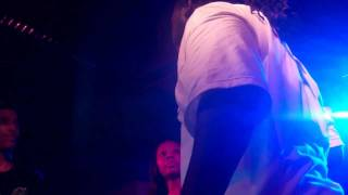 T-Pain - Bartender [Live at blueFROG, Mumbai - June 17th, 2011] ( VH1 Hip Hop Hustle)