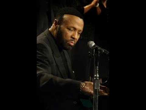 Andrae Crouch - To God Be The Glory