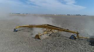 Footage of Schmeiser's 24' Folding Tri-Plane being used by HJ Hay C...