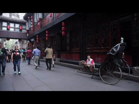[Walking tour 漫步遊] Ancient street 'Jin Li' Chengdu Szechwan China 四川成都錦里古街 (四川小吃-兔頭)