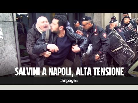 Napoli, la polizia sgombera con la forza i manifestanti contro Salvini