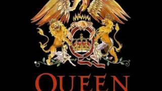 Queen - Killer Queen lyrics