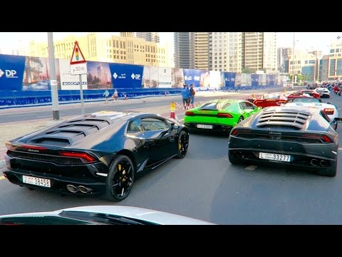 Crazy Lamborghini EVENT in Dubai INSANE REVVING !!